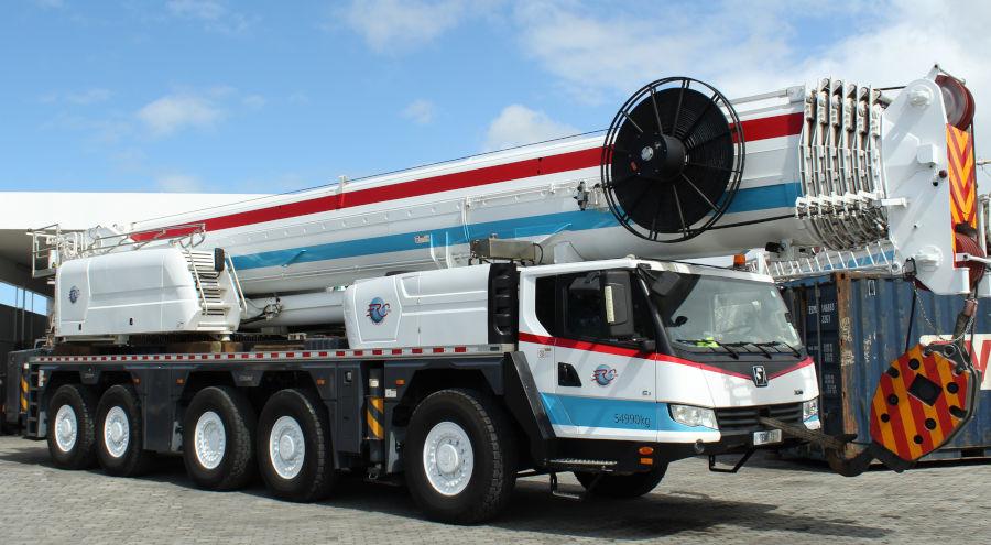 220-ton mobile crane rental in Mauritius